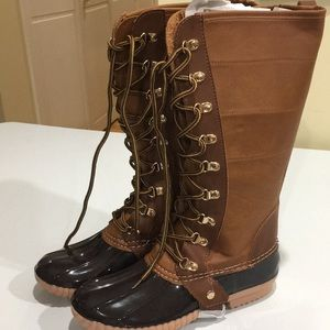 Charming lady women's lace up duck boot brown/cogn